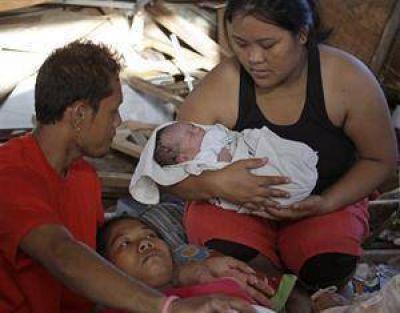 Entre el horror, un parto hizo renacer la esperanza