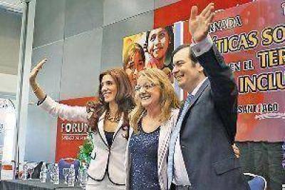 Alicia Kirchner dio todo su apoyo a la candidata del F. Cívico