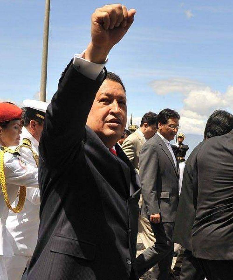 """Scioli neg� que el Gobierno promueva una """"ola estatizadora"""" y se agudiza el debate por el v�nculo con Venezuela"""