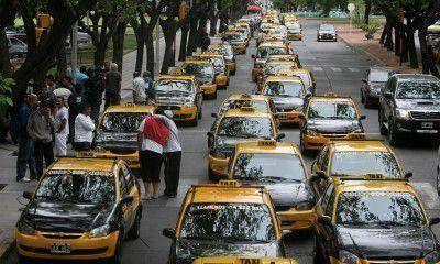 """Mart�nez Palau: """"En 180 d�as tienen que estar los primeros taxis con el sistema de seguridad instalado"""""""