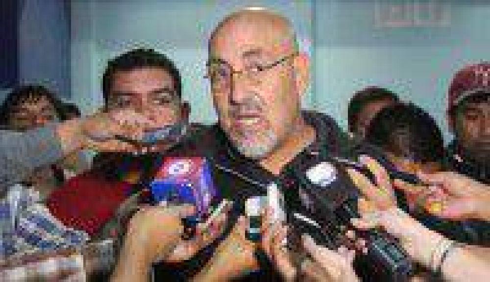 Santillán expuso necesidades de los municipales ante Berruezo