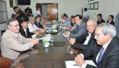 Diputados de la Comisión de Finanzas se reunieron con funcionarios de hacienda