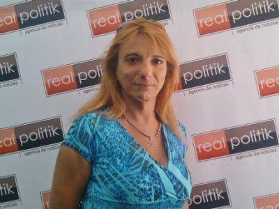 """Andrea Fernández: """"Estamos organizando la sexta marcha del orgullo gay en La Plata"""""""