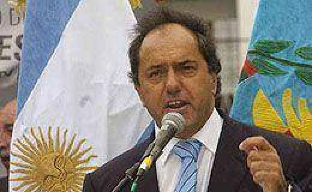 """Scioli descartó que se pueda dar una """"ola estatizadora"""" en Argentina"""