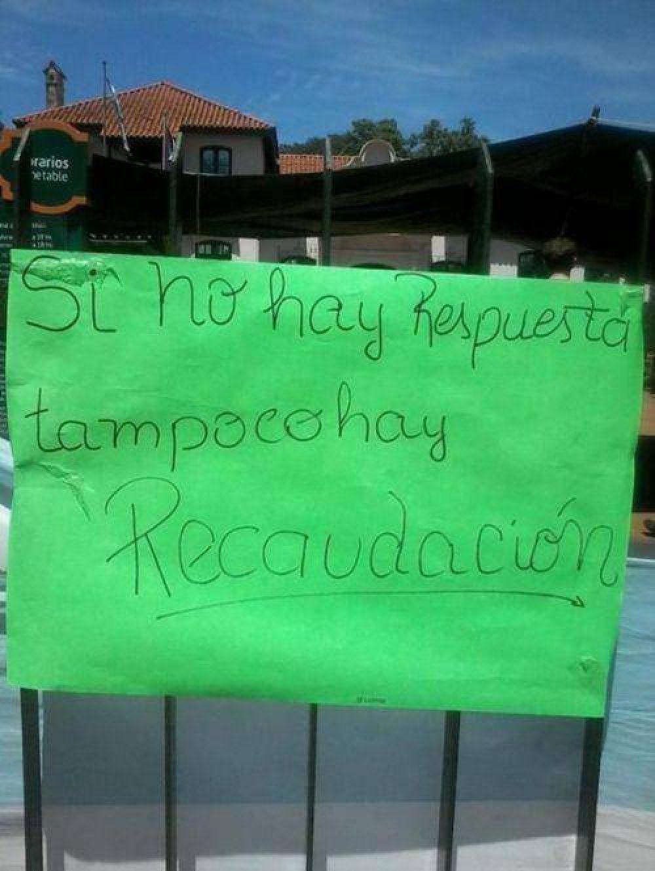 Continúa la protesta de trabajadores de las Ruinas de San Ignacio