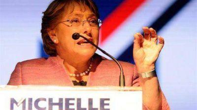 """Bachelet admitió que ganar en primera vuelta """"era complejo"""""""