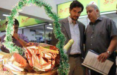 El jueves lanzan una canasta navideña a $ 70