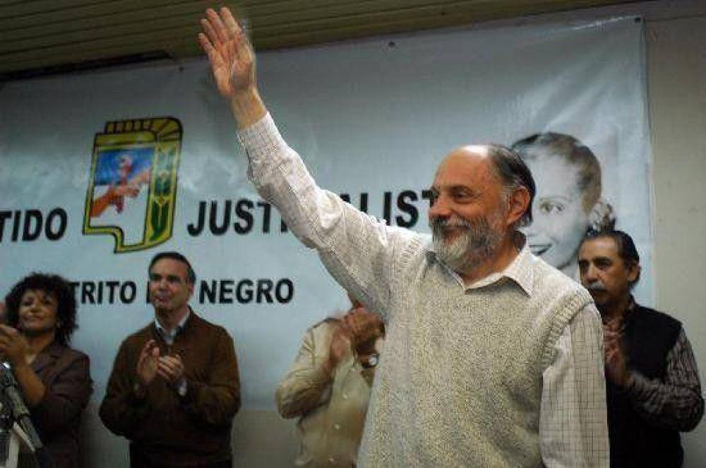 """Albrieu prometió """"seguir las huellas de Perón y Evita"""""""