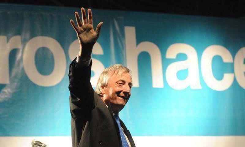"""Néstor Kirchner advirtió sobre los riesgos de """"un Parlamento parado"""" si pierde el oficialismo"""