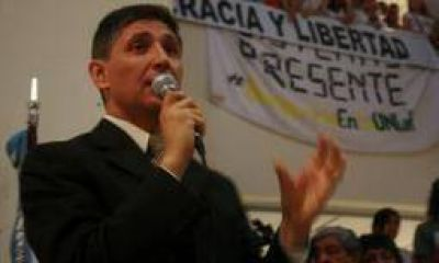 Fabián Calderón negó utilizar la 'dedocracia' en la UNLaR