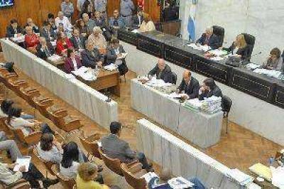 Pidieron ampliar cargos contra Musa Azar Curi, Tomás Garbi y Martas Cejas