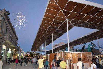 Artesanos rechazan la instalación de vendedores ambulantes en el Paseo del Padre