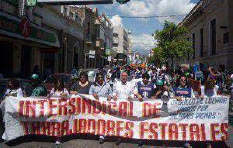 Importante movilización de la Intersindical de Jujuy