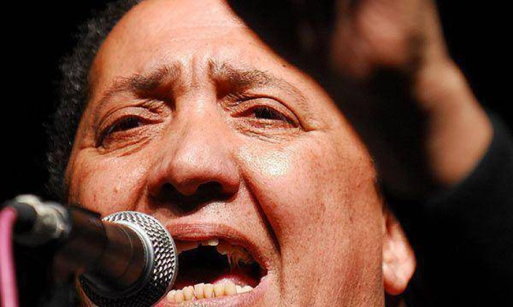 """Luis D'Elía dijo que """"no es cierto que Hugo Chávez sea un dictador"""""""