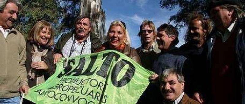 "Carrió presentó a sus ""piqueteros de la abundancia"""