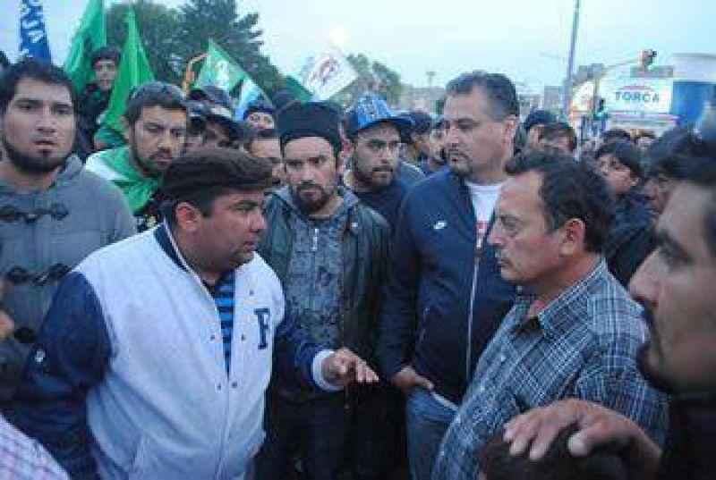 Denuncian fraude en las elecciones del Sindicato Petrolero de Santa Cruz