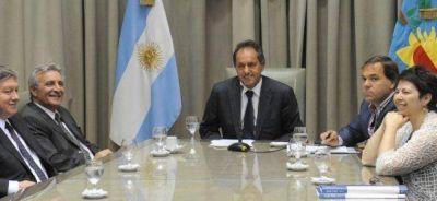 Scioli amenaza con prorrogar el Presupuesto ante el rechazo del massismo al endeudamiento