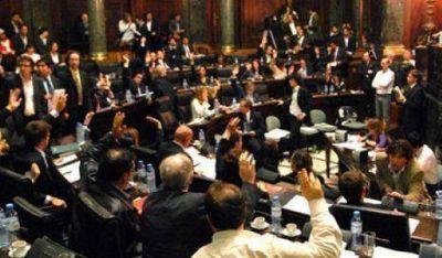 Legisladores salientes van por la Defensor�a y el Ente Regulador