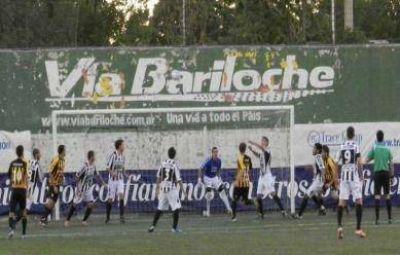 Santamarina dejó escapar dos puntos en el epílogo del partido contra Cipoletti