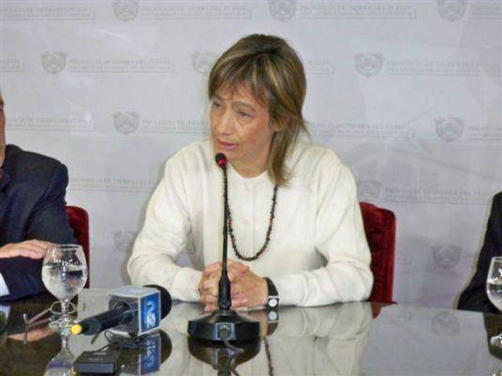"""Fabiana Ríos defendió que """"el polo tecnológico fueguino no compite con el país"""""""