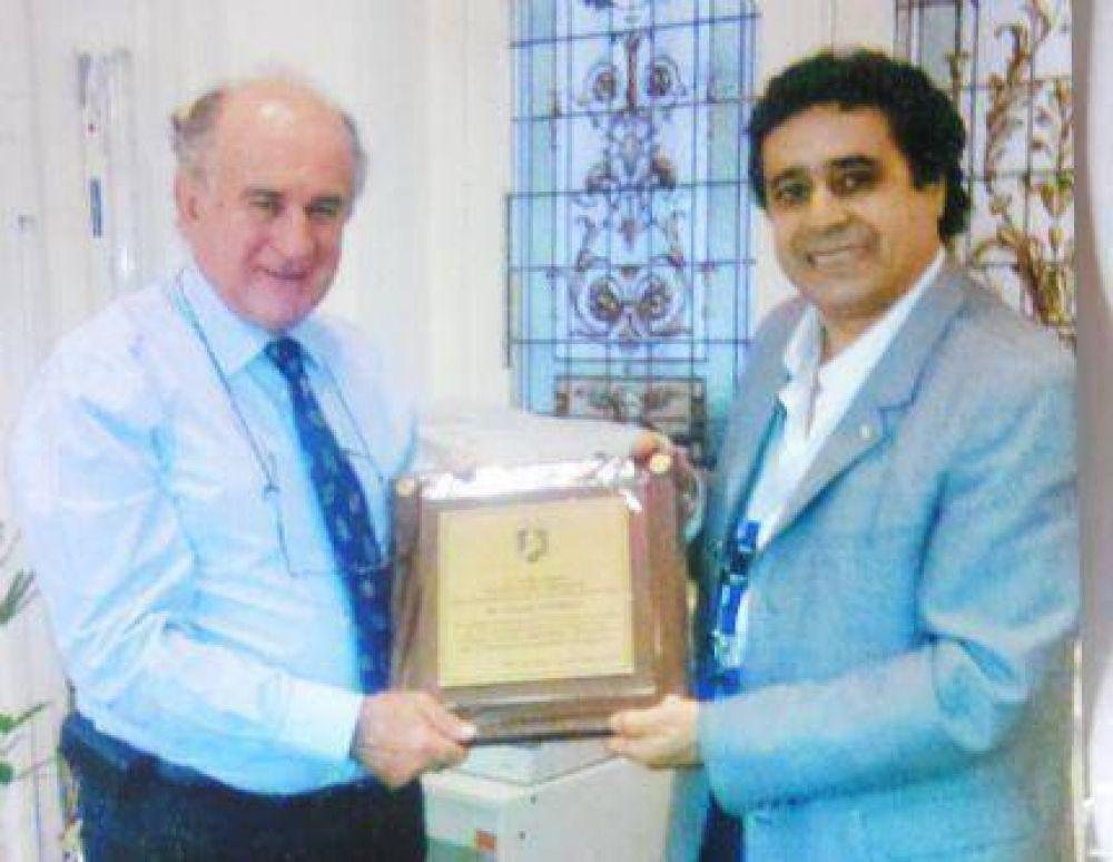 Uocra Mar del Plata le entregó una placa de reconocimiento a Oscar Parrilli