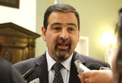 Ciurca espera por las leyes de Presupuesto, Avalúo e Impositiva para negociar con la oposición