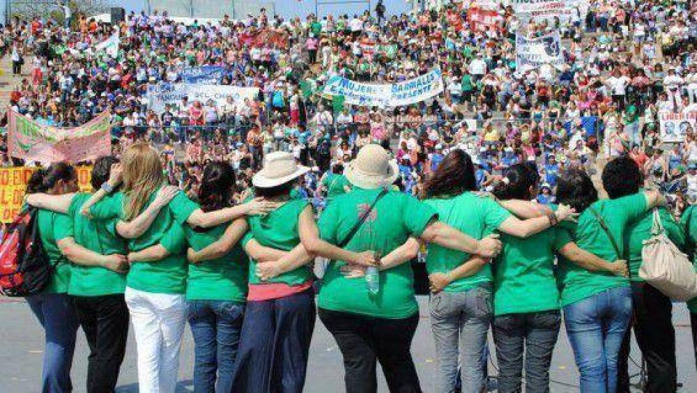 Mendocinas atacadas en San Juan por participar en el Congreso de Mujeres