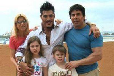 """Gustavo Mart�nez sobre los hijos de Ricardo Fort: """"Se quedan conmigo"""""""