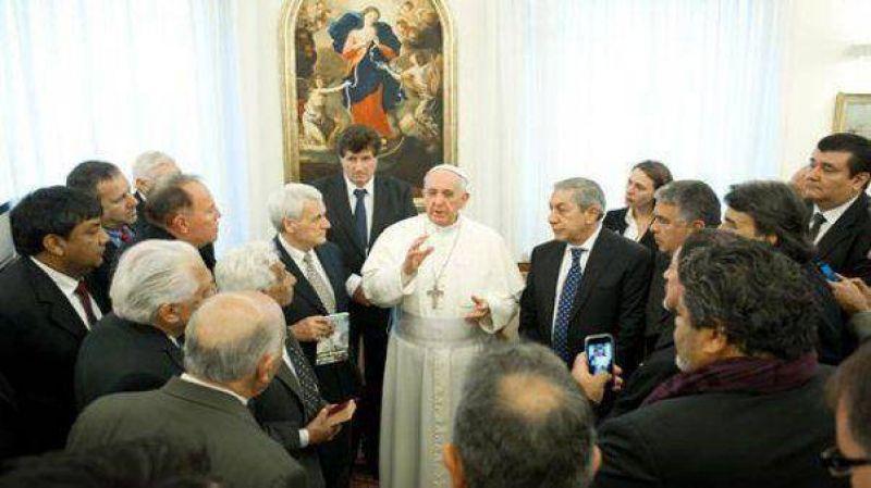 """El Papa recibió a la CGT oficialista y pidió por """"la unidad"""" de los gremios"""