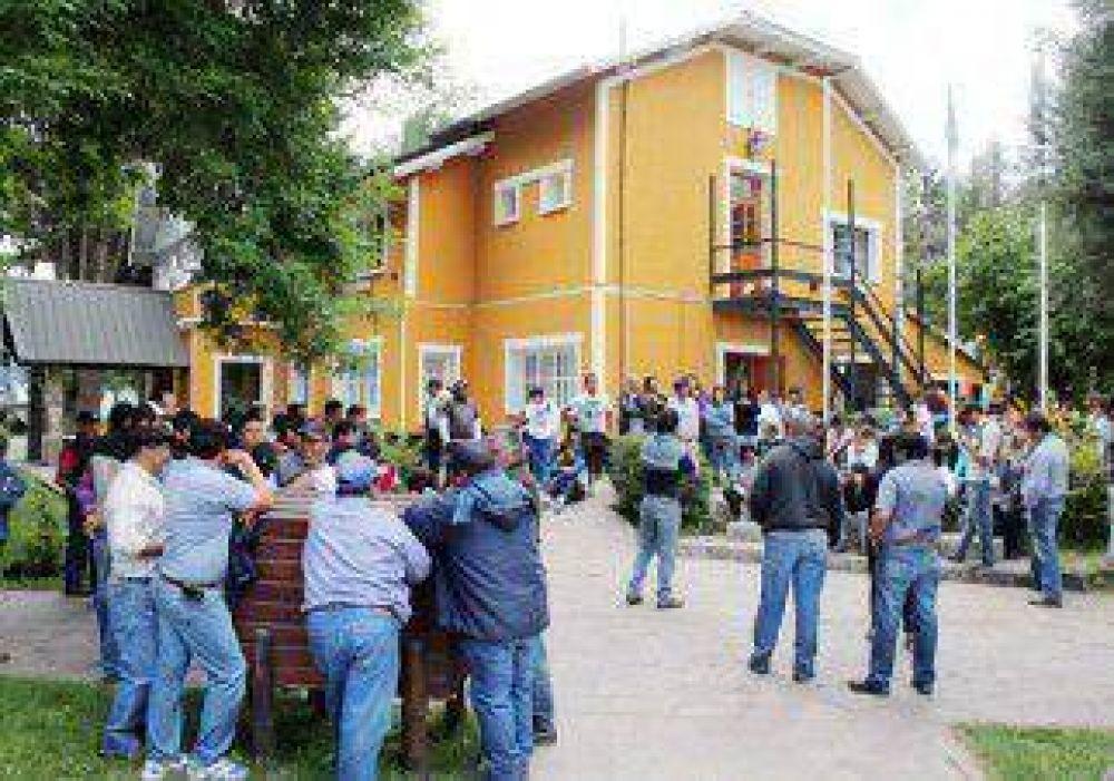 Se empantanó el acuerdo salarial de los municipales