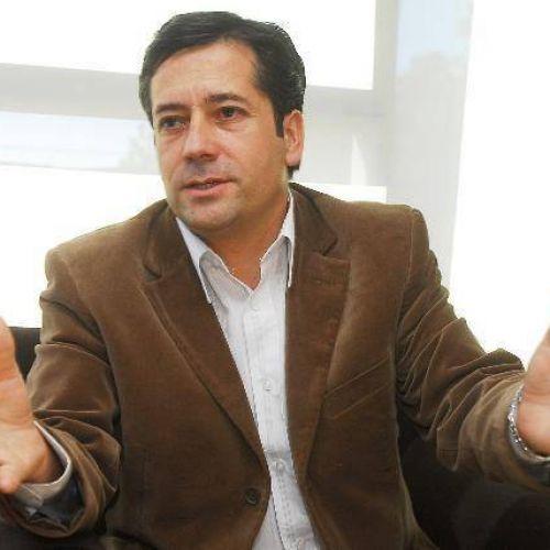 Carlos Mansilla