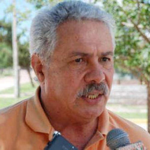 Daniel Illia