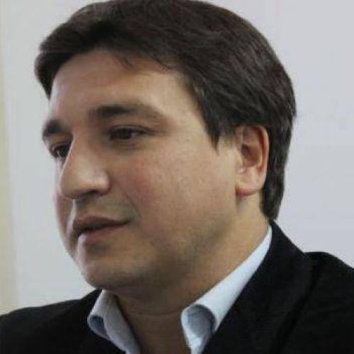 Gerardo Jazm�n