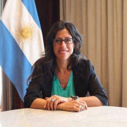 Paula Español