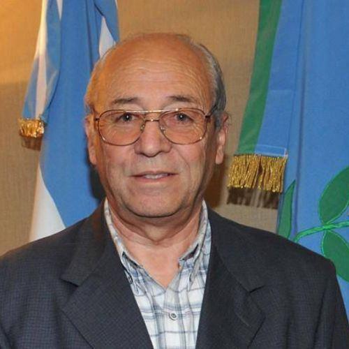 Roberto �lvarez
