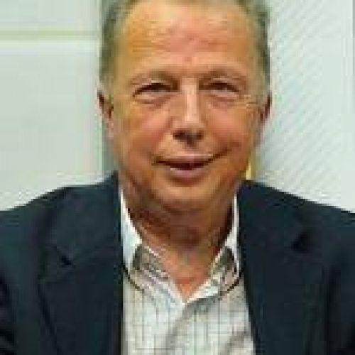 Víctor Lupo